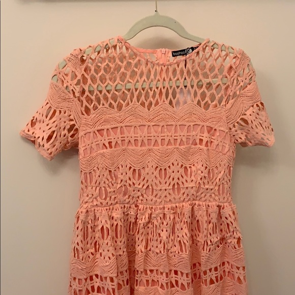 Boohoo Dresses & Skirts - NWT Pink crochet cap sleeve dress
